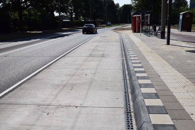 Bushalte in beton Arnhem